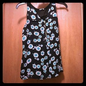 1/4 zip tank with flowers